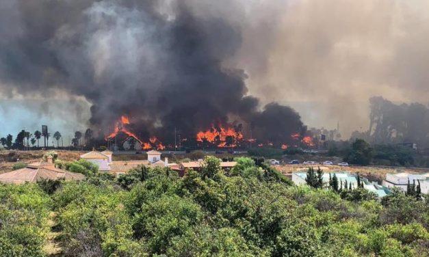 Laguna Village: großbrand in Estepona