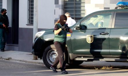 3 Schmuggler in La Línea verhaftet