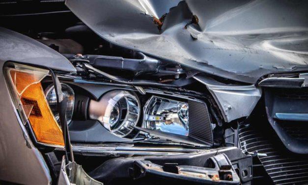 Trotz eingeschränkter Mobilität nur geringerer Rückgang tödlicher Autounfälle