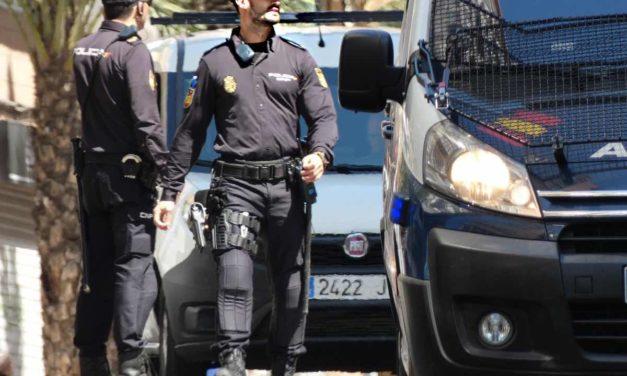 Mann verhaftet nach Leichenfund in Müllcontainer
