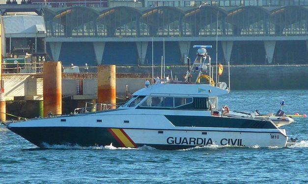 Boot mit 1.800 Kilo Haschisch vor der Küste Granadas abgefangen
