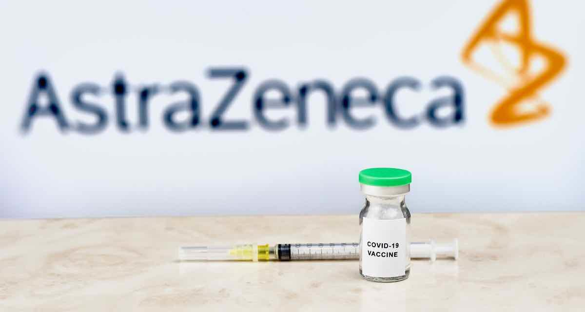 """Andalusien sieht """"keinen Grund"""" zur Aussetzung der Impfung mit AstraZeneca"""