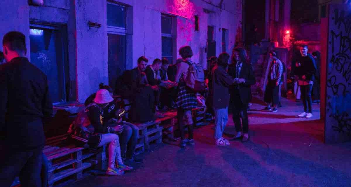 Veranstalterin der Party verhaftet, auf der der DJ getötet wurde