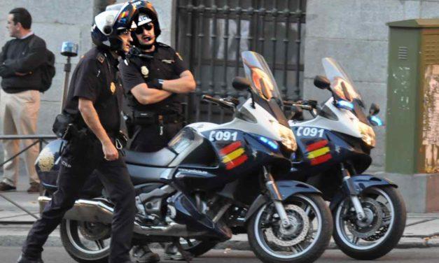 Mann wegen Fahrerflucht in Sevilla gesucht