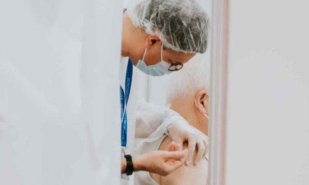 Andalusier zwischen 41 und 46 können jetzt Impftermin beantragen